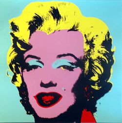 Marilyn Munroe prints by Andy Warhol (click to enlarge)