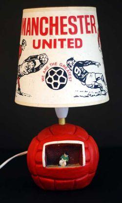 Vintage Manchester United lamp © His Emporium