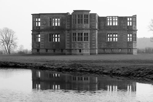 Lyveden New Bield in Northamptonshire, Image made available by Edbrambley at en.wikipedia under the Creative Commons Attribution-Share Alike 2.5 Generic license